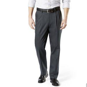 Dockers Gray Pleated Classic Fit Khaki Dress Pants